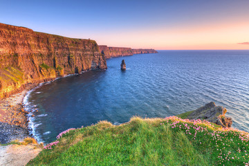 Cliffs of Moher at sunset in Co. Clare, Ireland - fototapety na wymiar