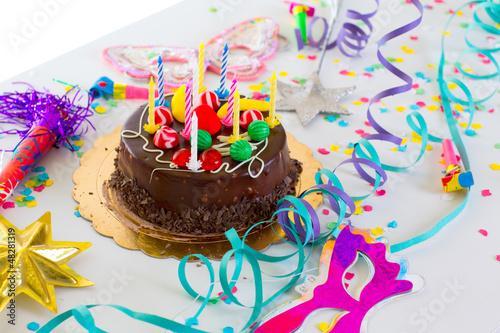 Красивый торт со свечами фото