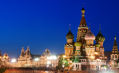 Foto op Aluminium Moskou Night view of Red Square and Saint Basil s Cathedral in Moscow