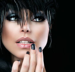 Wall Mural - Fashion Art Portrait Of Beautiful Girl. Vogue Style Woman