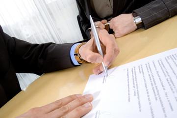 Vertragsunterzeichnung 05
