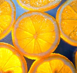 Tuinposter Plakjes fruit lemon