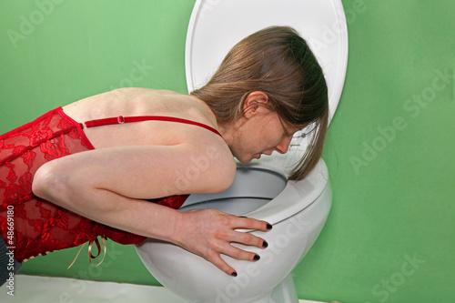photos of girls vomiting № 9085