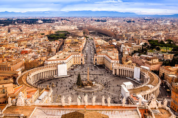 Wall Mural - Rome, Italy. Famous Saint Peter's Square in Vatican and aerial v