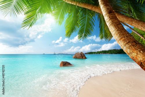 картинки на рабочий стол пляж № 519761 бесплатно
