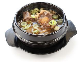 gori gomtang, korean oxtail soup