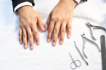 Poster de jardin Manicure Male manicure
