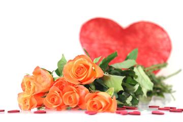 orange Rosen mit großem Herz