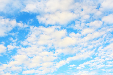 Beautiful blu sky with fluffy clouds