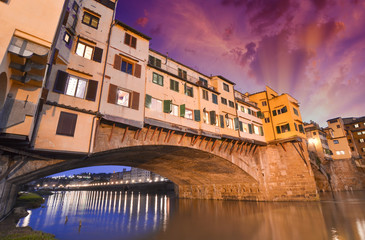 Fototapete - Gorgeous view of Old Bridge, Ponte Vecchio in Florence at sunset