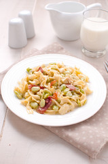 Egg pasta with cream sauce and vegetables