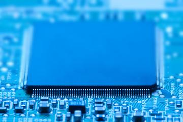 electronic processor