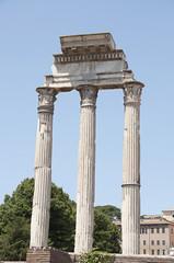 Ruinas templo de Castro y Pólux