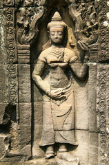 Banteay Kdei - Apsara statue at Angkor temple