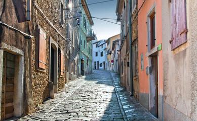 Старя улица в хорватском городе Мотовун
