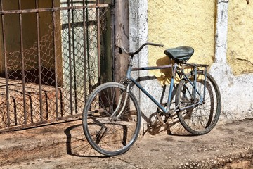 Old bicycle in Sancti Spiritus, Cuba