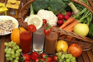 Bio-Fruchtsäfte mit Obst und Gemüse