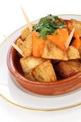 patatas bravas, fried potatoes, spanish tapas