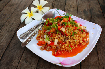 Fired Instant noodle in spicy salad