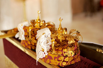 Golden Crowns with Rings