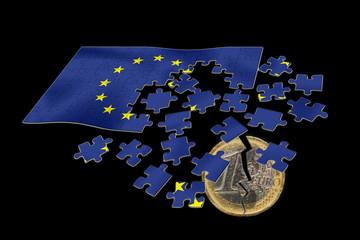 Broken euro splits the EU cooperation. Europe.