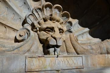 Fontana pubblica, Radda in Chianti, Toscana 4