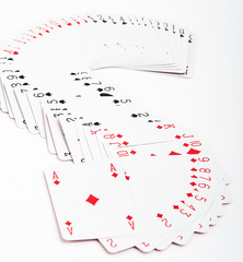 carte da gioco in fila come un serpente