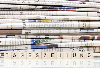 Tageszeitung lesen