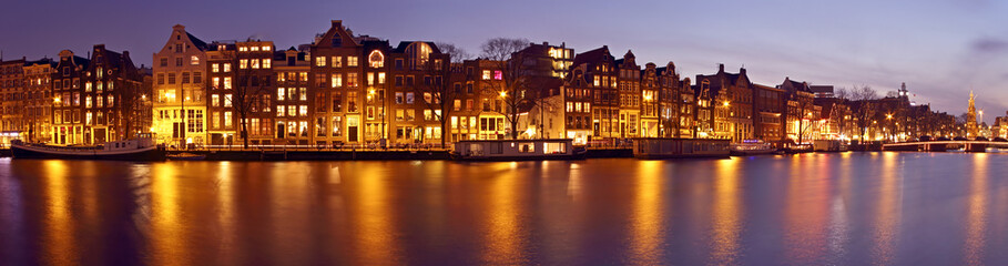 Foto op Plexiglas Amsterdam Panorama from Amsterdam with the Munt tower in the Netherlands a
