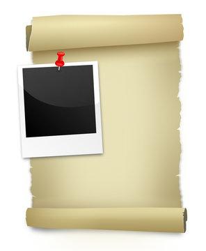 Papierrolle und Polaroid