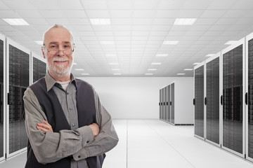 Data centre with and senior consultant