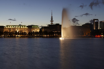 Hamburg - Binnenalster am Abend