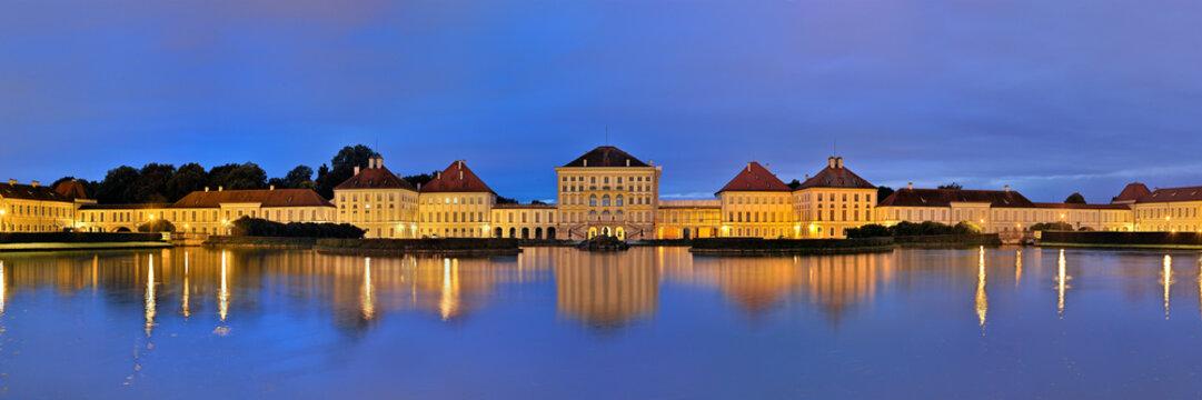 Abendpanorama Schloss Nymphenburg