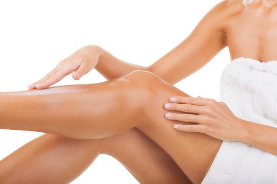Applying moisturizer cream