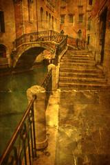 Fototapete - nostalgisches Bild von einem Kanal in Venedig