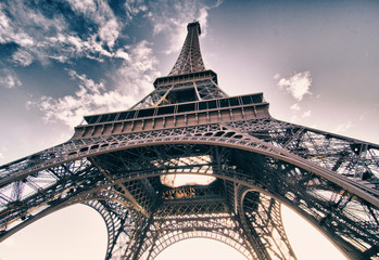 Wall Mural - Colors of Sky over Eiffel Tower, Paris