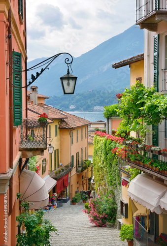 Fototapete Picturesque small town street view in Lake Como Italy
