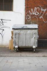 dustbin - fototapety na wymiar