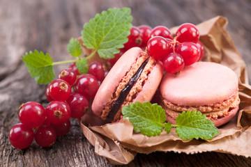 Foto auf Leinwand Macarons Macarons groseillier