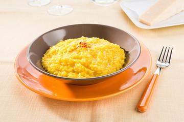 Risotto con zafferano - Saffron rice