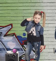 rapper look graffiti