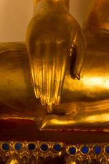 hand  buddhist statue