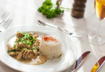 Rahmgeschnetzeltes mit Reis