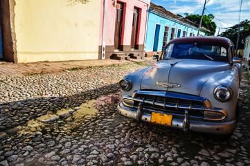 Foto op Plexiglas Oude auto s Trinidad de Cuba