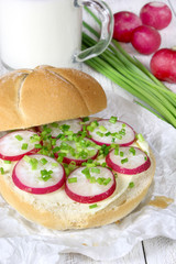 Sandwich with butter, radish and chives