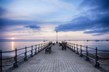 Papiers peints Jetee Sunrise at the Banjo Pier at Swanage