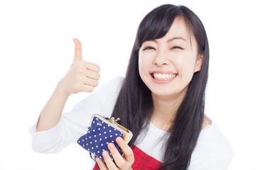 財布を持った女性