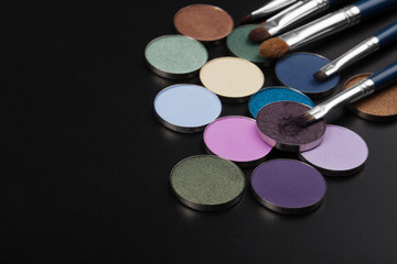 purple eye-shadows with brush