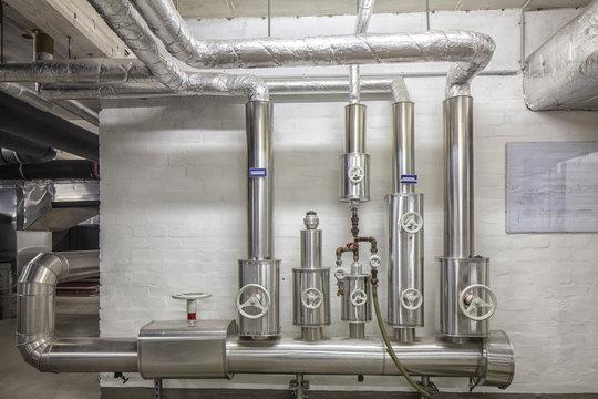Heizungsinstallation, Wasserrohre, Gas,- Wasserinstallation