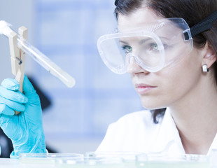 Health care professional in lab.